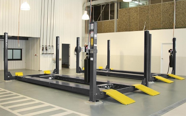 BendPak HDS-14LSXE Extended Length Four-Post Alignment Lifts