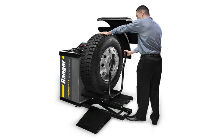 Ranger RB24T truck wheel balancer for shops